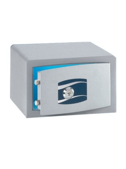 Safe with high security cylinder